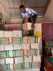Kenya starving - loading a truck